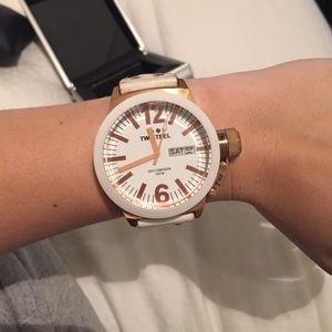 TW Steel Jewelry - White leather and rose gold tone TW Steel watch