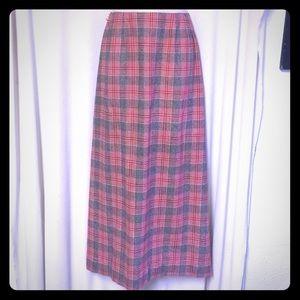 Ballantyne Dresses & Skirts - VTG Ballantyne of Scotland Final Sale no offers 💥