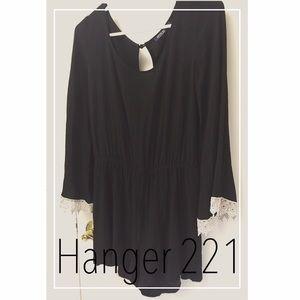 Hanger 221