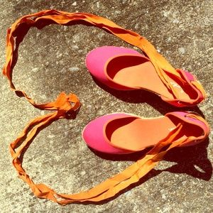 Adorable! Boden bright pink/orange anklewrap wedge