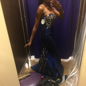 Beautiful prom/pageant prom dress
