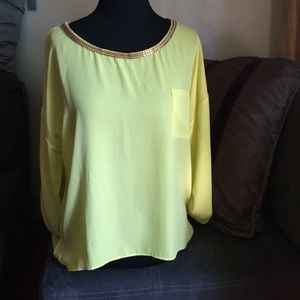 Mine Tops - Yellow Top with Gold necklace