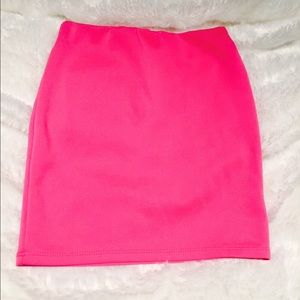 ⚡️Flash sale⚡️Hot pink mini skirt