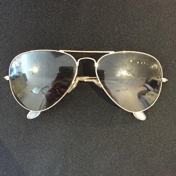 5035b3f753a Vintage Ray-Ban 58014 Aviators. M 551458d744adba3121003a5e