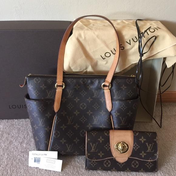 6e6b7d077b59 Louis Vuitton Handbags - Louis Vuitton Totally PM Purse