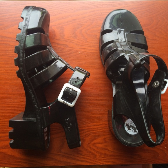 a936dadf89c1 American Apparel Shoes - Black JuJu Jelly Sandal