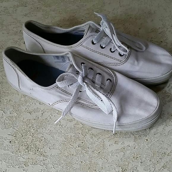 88 airwalk shoes airwalk white canvas shoes from