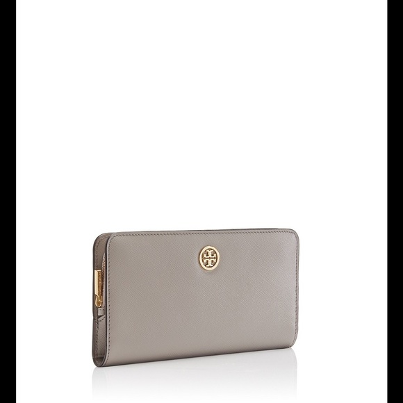 1f21ac15e47d TORY BURCH Robinson Hidden Zip Continental Wallet