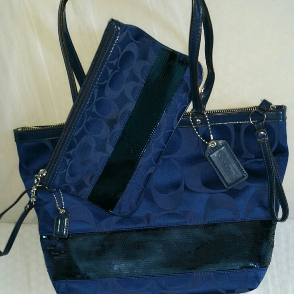 Coach Handbags - Navy Blue Coach bag with large matching wristlet. 250db6aa73164