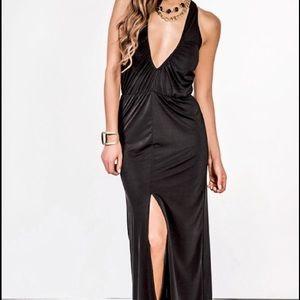Elegant Black Maxi Dress