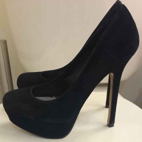 29711db527 Steve Madden Shoes - Steve Madden - black suede Bevv pumps - size 6.5