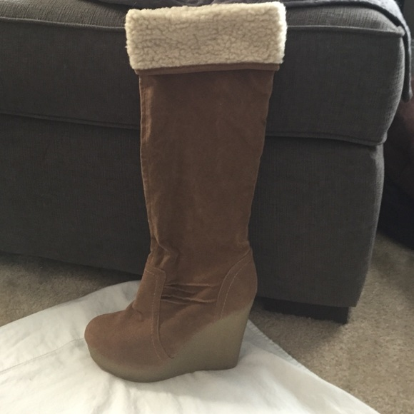 83 dollhouse shoes new dollhouse wedge boots 8 5