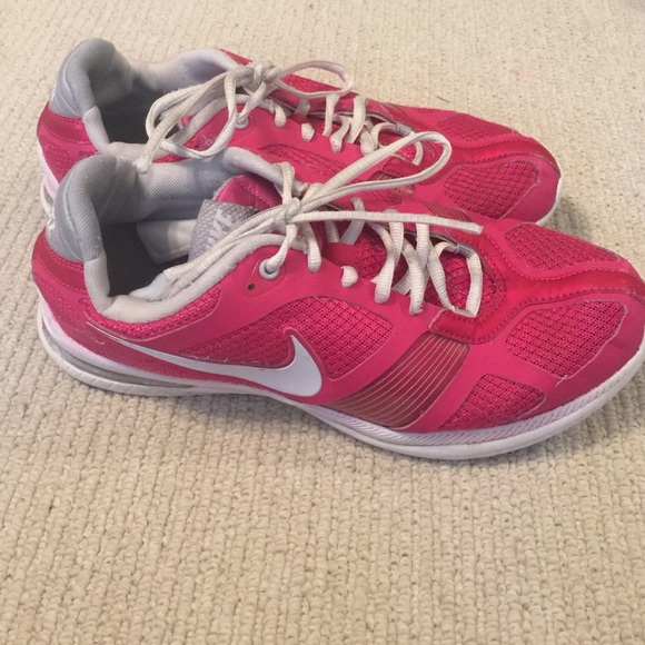 52 nike shoes pink nike tennis shoes from macy s