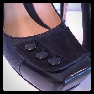 L.A.M.B. Black Leather/Suede Pumps