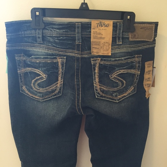 66% off Silver Jeans Denim - NWT Silver Jeans - Aiko Mid Rise Baby