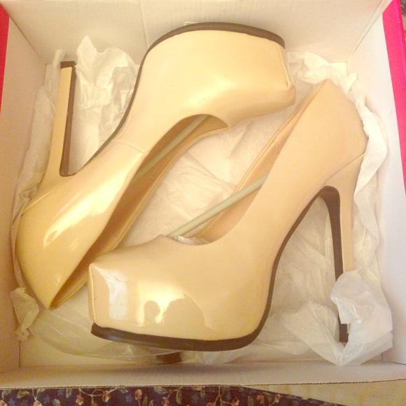 5b51ef5b4db Zendaya Nude size 10 I believe 6inch heels. NWT