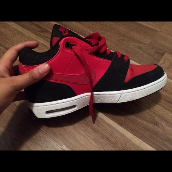 29b00d845b0a Nike Air Bakins Size 7