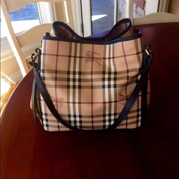 ❤️SALE❤️Authentic Haymarket Check Tote. M 55171f37fbf6f963fe008b53. Other  Bags you may like. Burberry Tote 0ecac9d21dbcc