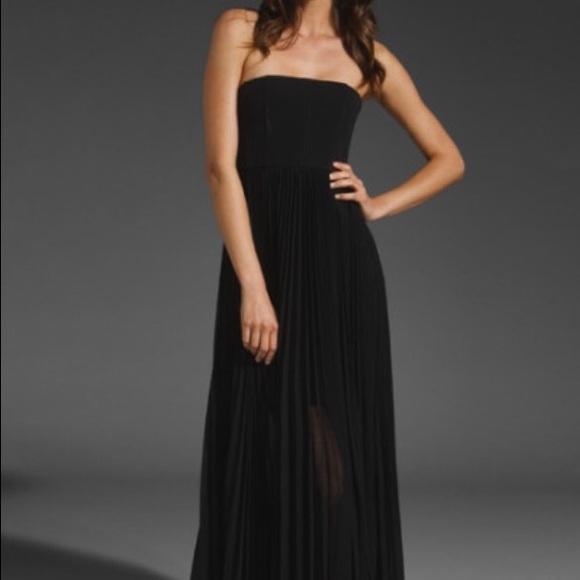 765fd6d96ae4 Alice + Olivia Dresses & Skirts - Alice + Olivia Black Strapless Pleated  Maxi Dress