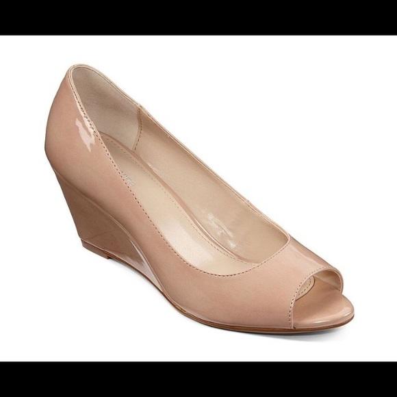 89 liz claiborne shoes liz claiborne peep toe wedge