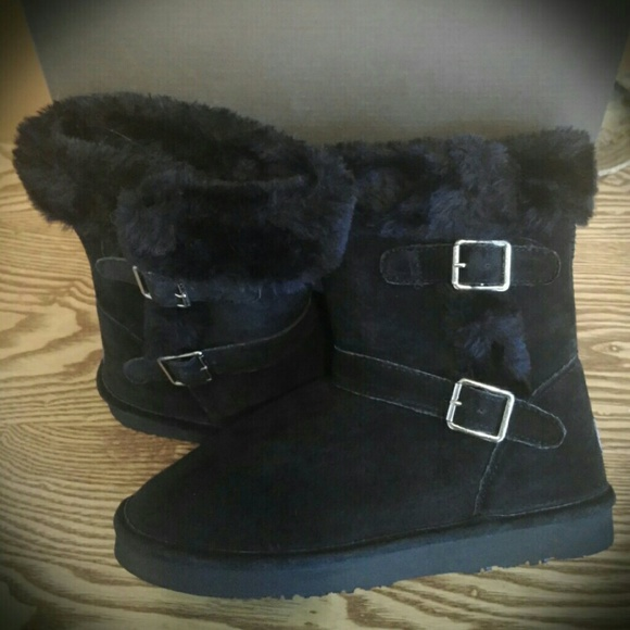 6c91048dc08 LAMO Black Boots New in Box! SOFTEST Sheepskin! 7 NWT