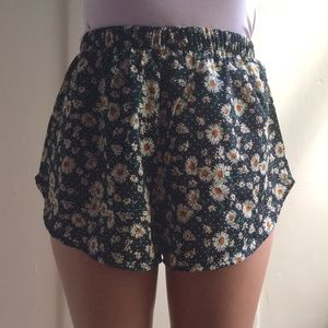 Pants - Daisy Shorts (New)