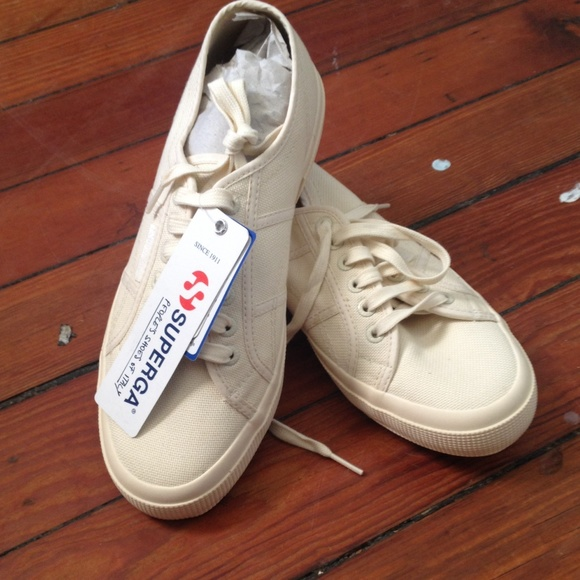 Superga Shoes | Ivory Superga Size Bnwt