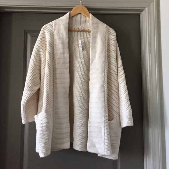 77% off Madewell Sweaters - Madewell Kimono Sweater from Kirstyn's ...