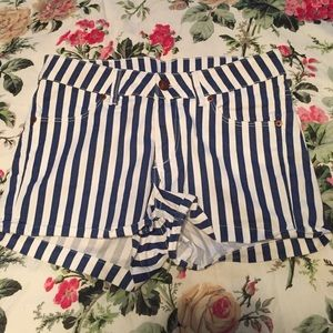 H&M divided striped mid waist shorts