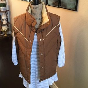 Altra Jackets & Blazers - Good quality puffer vest
