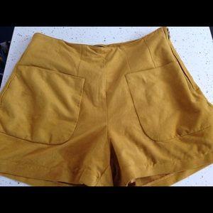 Suede mustard shorts