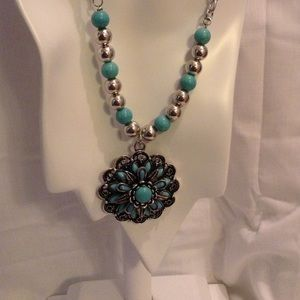 Jewelry - SOLD. Floral Turquoise Necklace Set