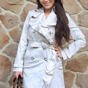 Outerwear - Ruffled trench coat