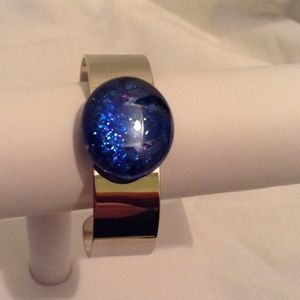 Jewelry - 🎉SOLD🎉 Blue Stoned Silver Cuff