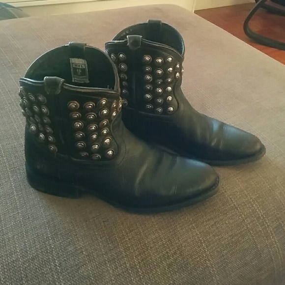 cheap price cost visit new for sale Frye Leather Studded Ankle Boots bAr78cCx8