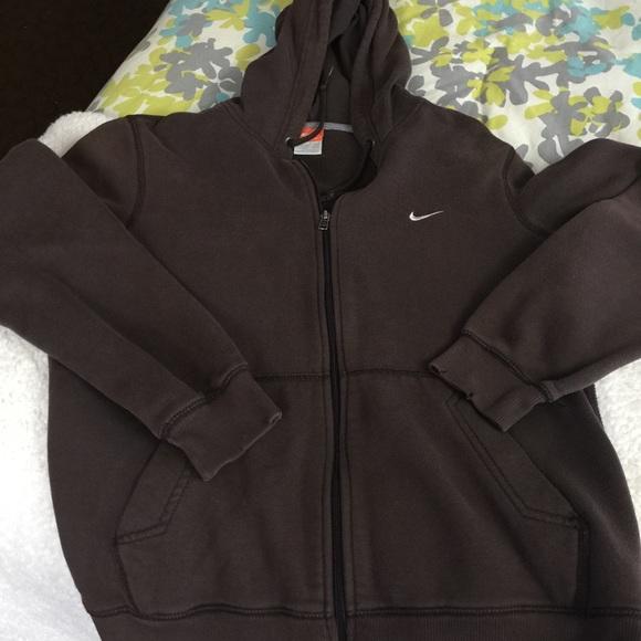 a16365273a2d Brown Nike Hoodie. M 551899fb2ba50a0f7900e470