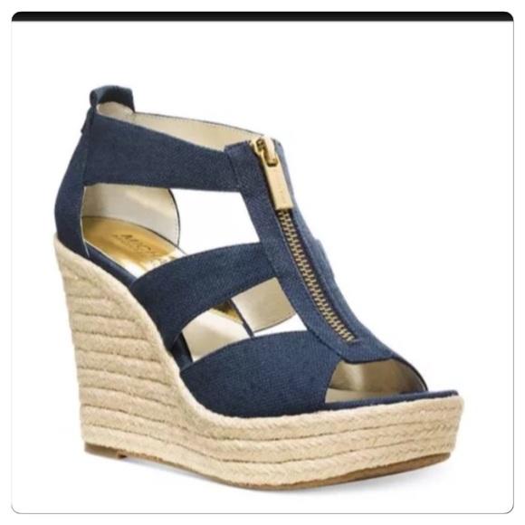 ... Navy Blue Wedge Sandals! M 5518a4e2fa2b286b300d34ab bbe3de5cdd