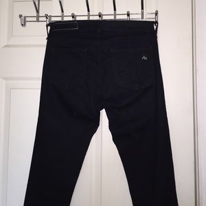 Rag and Bone Skinny. Color midnight size 27.