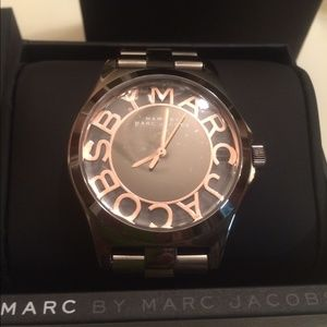 Marc Jacobs Jewelry - Marc Jacobs new watch with tags and box