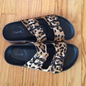 Shoes - Birkenstock style sandals
