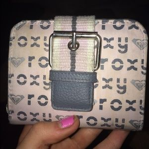 roxy pink and grey wallet