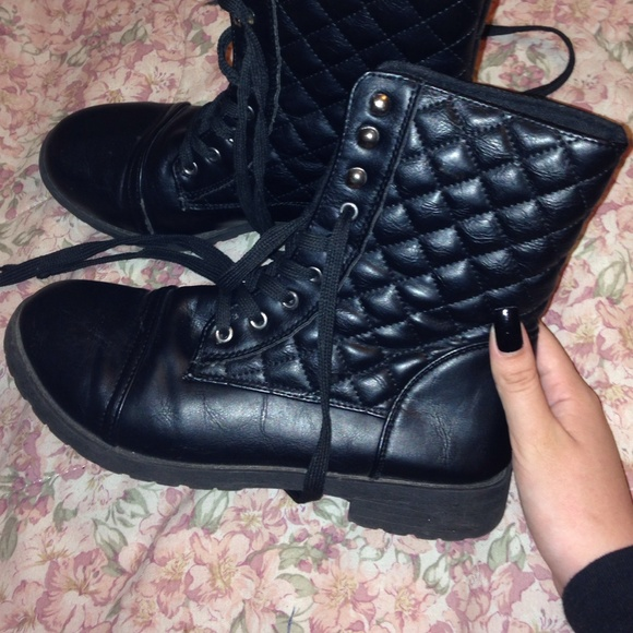 Quilted Combat Boots Black Quilted Combat Boots
