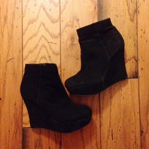 Aldo black bootie wedges