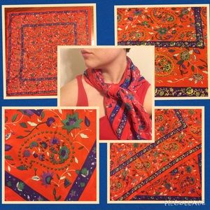 Accessories - Offer? Silky red / patterned scarf