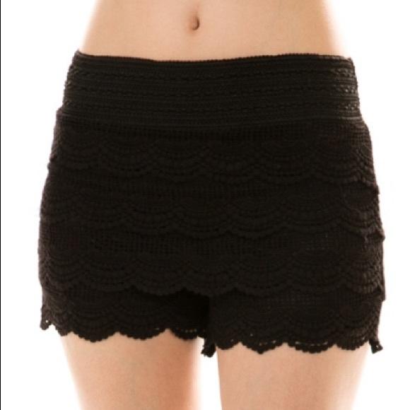 That Glam Girl Boutique Pants - Unique lace short