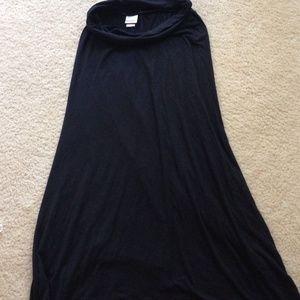 Xhiliration skirt size small.