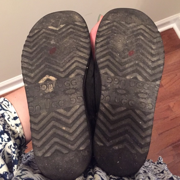 how to remove ugg insoles