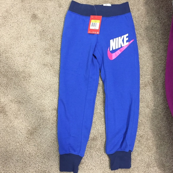 10e12efba Nike Bottoms | Girls Sweatpants Big Kids | Poshmark