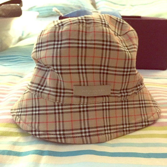 0efcd6811b6 Vintage Burberry Reversible Check Plaid Bucket hat