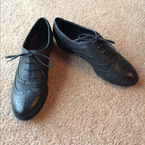 jcpenney black wingtip shoes from s
